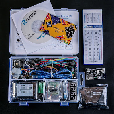 Elegoo UNO R3 Proyecto Super Starter Kit con Tutorial, relé 5V, UNO R3, módulo de fuente de alimentación, servomotor, batería 9V con DC, placa de expansión Prototype, ect. Para Arduino