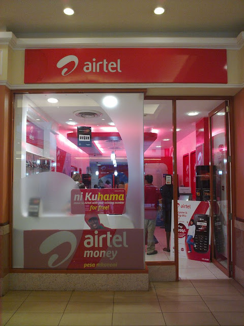Bharti Airtel looking to consolidate its existing prepaid and postpaid plans to match Reliance JIo; May drop roaming charges