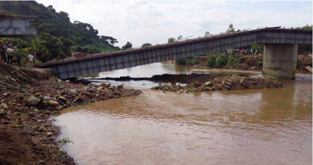 Baru Dibangun, Jembatan Buatan China Senilai 154 Miliar Roboh dan Rusak Parah