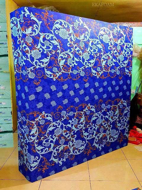 Kasur inoac motif Batik venus biru