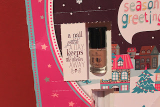 Clothes & Dreams: Essence Advents Calendar (part 2): adventskalender