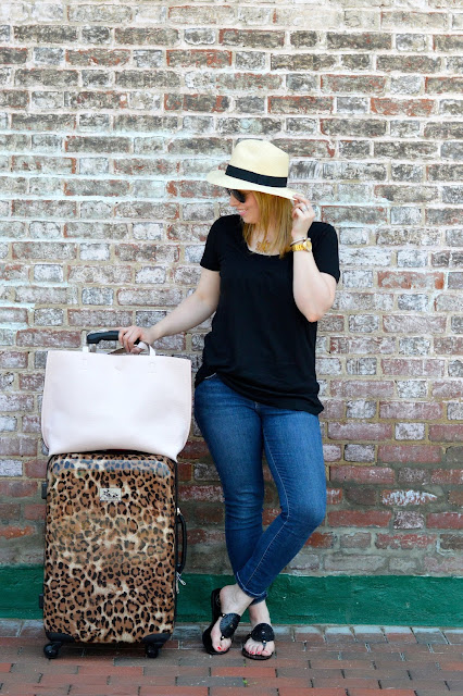 comfortable-travel-outfit-ideas