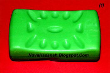 langkah-langkah cara membuat ukiran dari bahan sabun mandi batangan berbentuk ikan 1