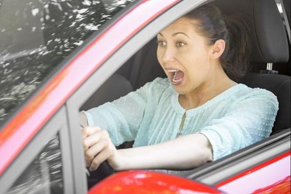 Tindakan Yang Tepat Ketika Mengalami Rem Blong Saat Berkendara