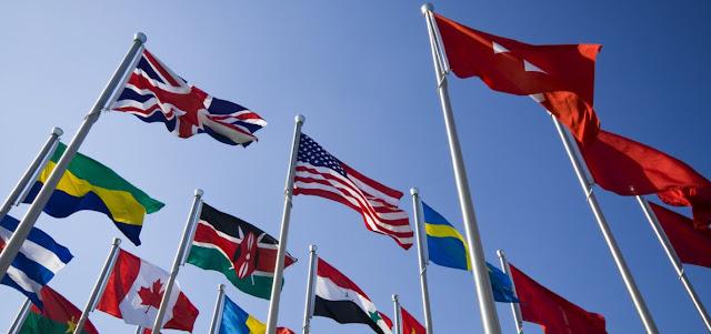 Banderas de paises y Derecho Internacional