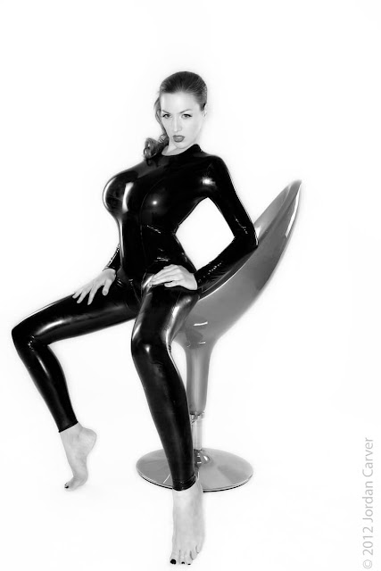 Jordan-Carver-Sandine-Hot-Photoshoot-in-Catsuit-356322
