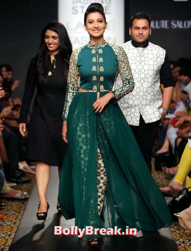 Gauhar Khan walks with designer duo Sonam and Paras Modi., Gauhar Khan Lakme Fashion Week Pics in Green Dress