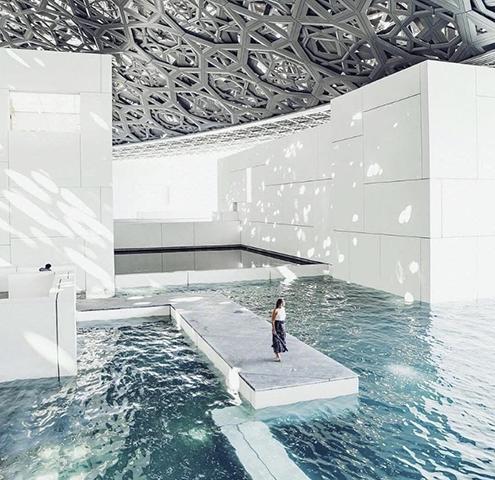 louvre-abu-dabhi-cubierta-water-agua-entradas-tickets-timelapse-time-lapse-jean-nouvel-architect-steel-acero-architecture-arquitecto-arquitectura-structure-Mashrabiya-proteccion-solar-brise-soleil-inauguracion-inauguracion-2018-2019