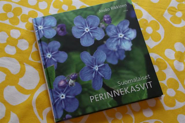 suomalaiset perinnekasvit, puutarhakirja
