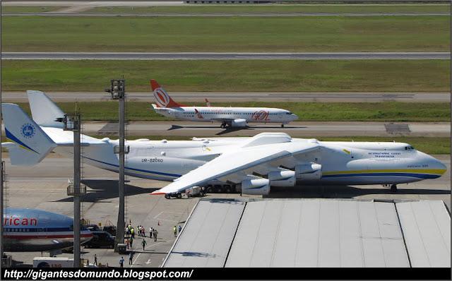 Maior avião cargueiro do mundo, no aeroporto de Guarulhos