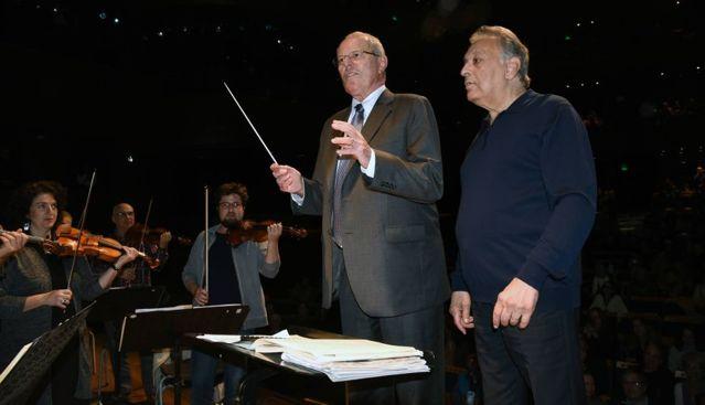 Pedro Pablo Kuczynski,presidente del Perú dirigió a la Orquesta Filarmónica de Israel
