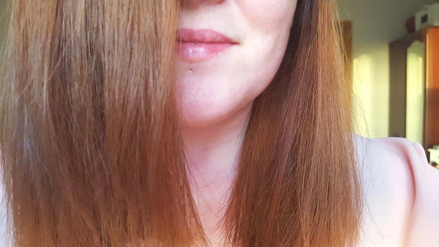 How to straighten hair without straighteners, tangle teezer, alfaparf, frizz free hair tips