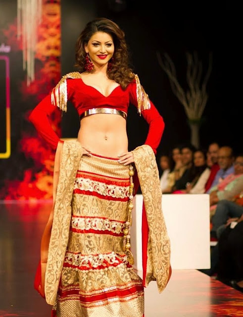 Urvashi Rautela Hot Post