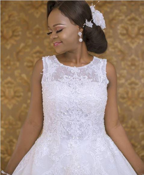 Former Breadseller, Olajumoke Orisaguna Looks Stunning in Beautiful Wedding Photos