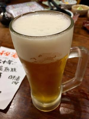 三軒茶屋にある海もぐらの生ビール