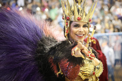Raissa Machado é rainha de bateria da Unidos do Viradouro — Foto: Marcos Serra Lima/G1