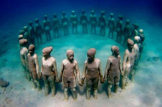 メキシコ・カンクンにある海の中の美術館??サンゴも守る?【a】「MUSA海底美術館」