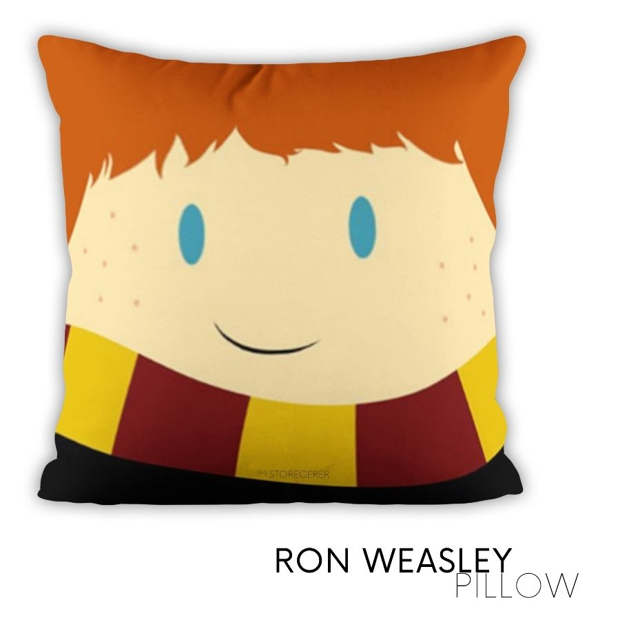 bantal kotak ron weasley