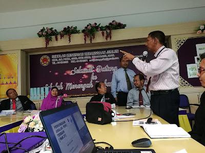 Cikgu Soberi berkongsikan simulasi Persidangan Parlimen Malaysia bagi pembelajaran Sivik