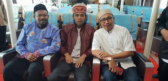 UAS Disambut Antusias, Ketua MUI Papua Barat: Alhamdulillah Kita Dikunjungi Da'i Kondang
