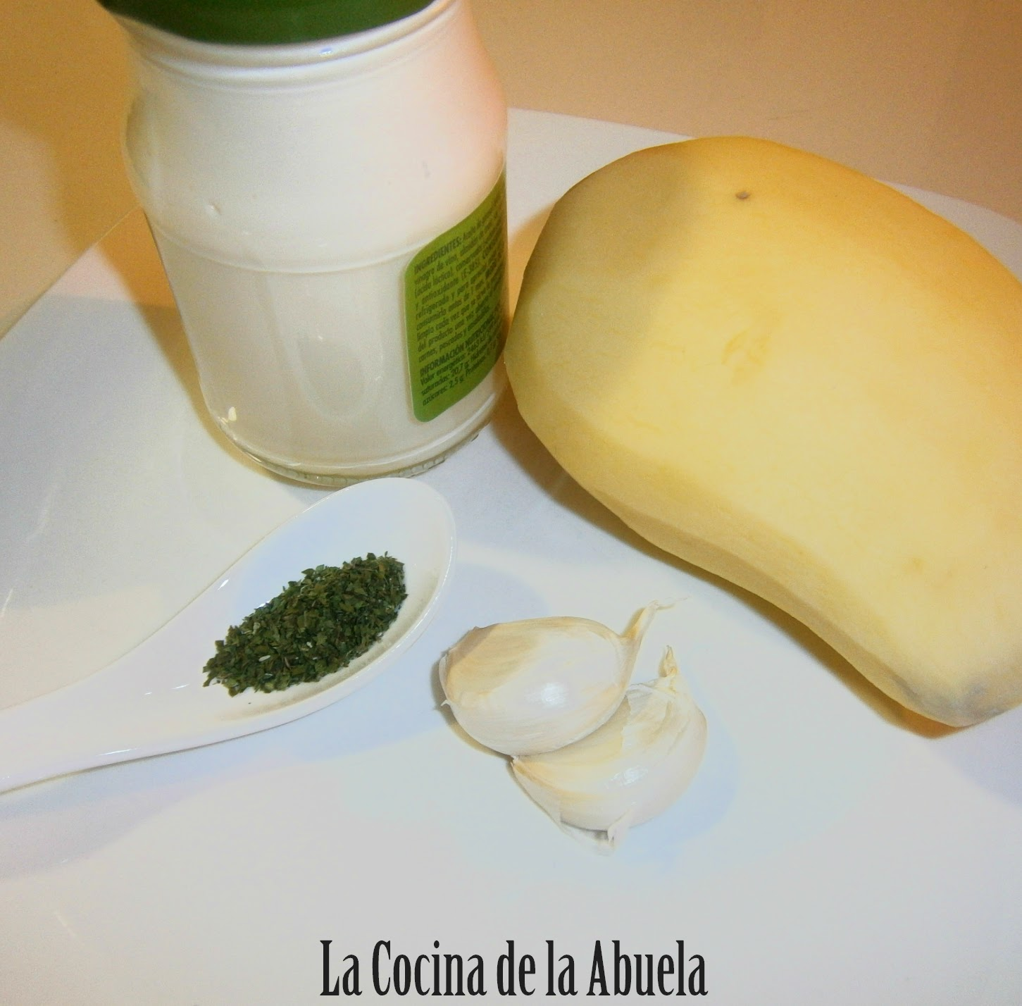 Patatas al Alioli (Chips)