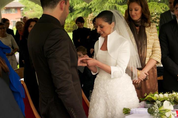 Mercatino michela bergamo la magia di un abito da sposa for Mercatino usato bergamo