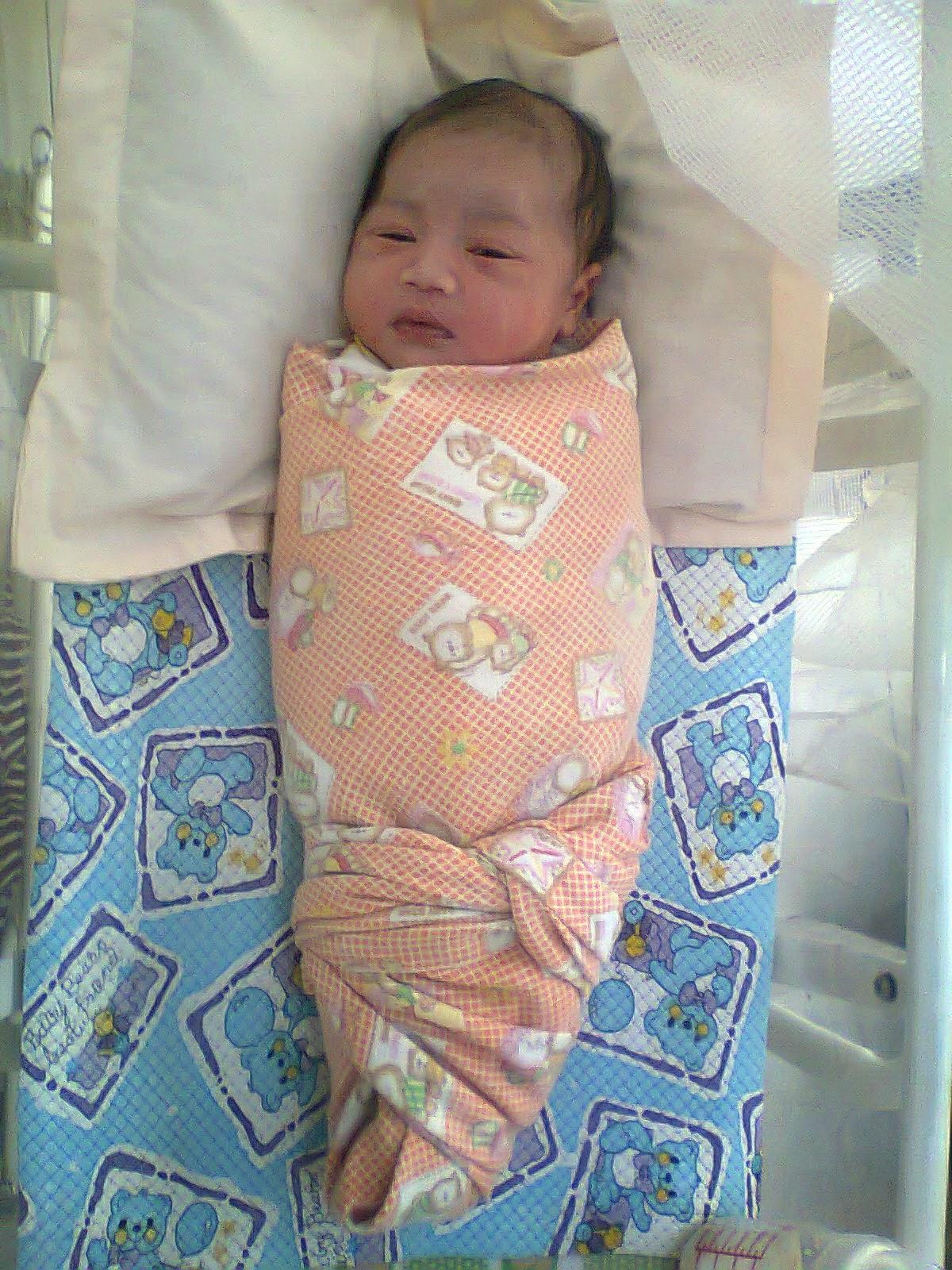 Persembahan Zwitsal untuk Bayi Baru Lahir - Cah Kesesi AyuTea