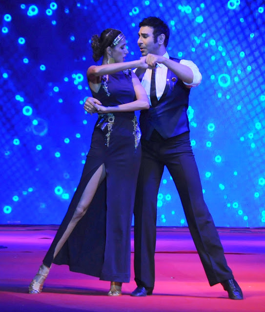 23. Sandip Sopparkar with Alicia Raut Performing