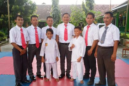 Siswa SDIT Umar Bin Khathab Juarai Karate