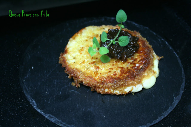 queso Provolones frito, chutney