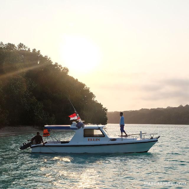 Open Trip ke Pulau Peucang - Sunrise