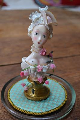 Buste petite marquise création Cathy Vagnon pour la Maison du Roy