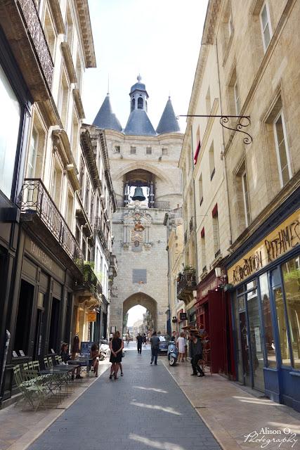 Centre ville de Bordeaux en été - Grosse Cloche