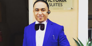 Check out OAP Freeze during his childhood days