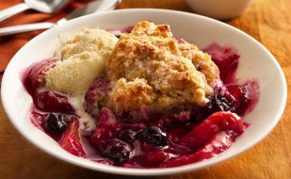 Mazi ta fagame: Blueberry peach crumble