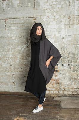 Siapa yang mau main spetau kets jeans Panduan dan Ide fashion hijab Hitam simple dan casual modern untuk Remaja
