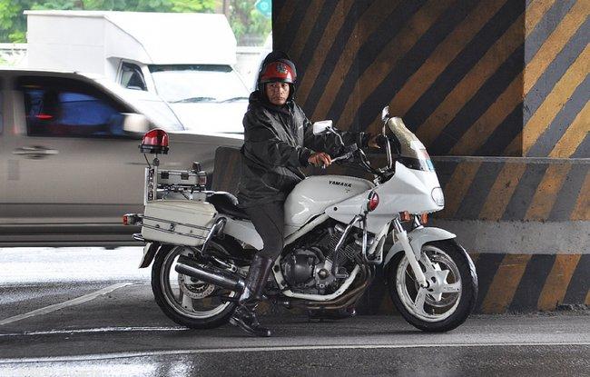 Белый мотоцикл в Бангкоке