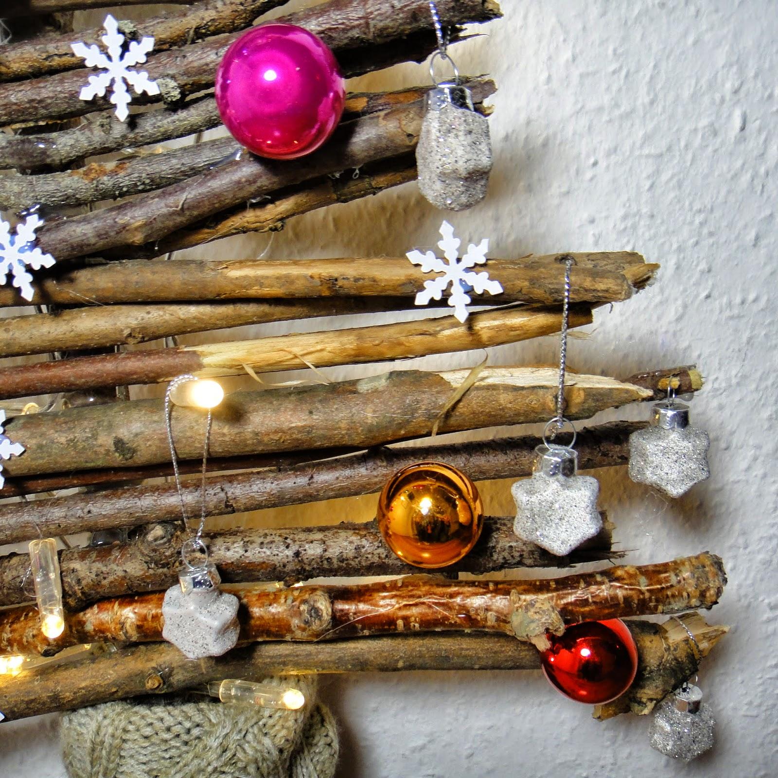 ines felix kreatives zum nachmachen weihnachtsbaum aus sten einfach s. Black Bedroom Furniture Sets. Home Design Ideas