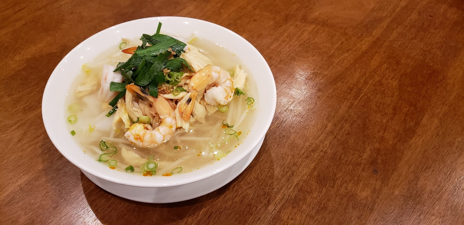 Ipoh Shredded Chicken Noodle Soup