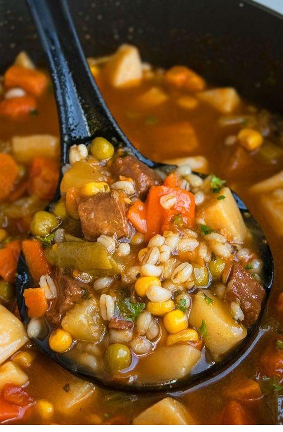 One Pot Beef Barley Soup