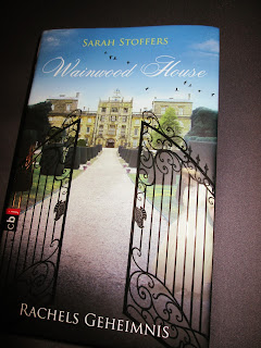 http://www.amazon.de/Wainwood-House-Geheimnis-Sarah-Stoffers-ebook/dp/B00F390OP4/ref=sr_1_1?ie=UTF8&qid=1451775125&sr=8-1&keywords=wainwood+house