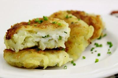 Potato Pampushki With Cheese Filling – Картофельные Пампушки с Творожной Начинкой