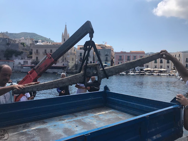 Roman anchor recovered in Capistello, Lipari