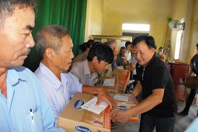 TP.HCM hỗ trợ đồng bào vùng lũ Quảng Ngãi 2 tỉ đồng