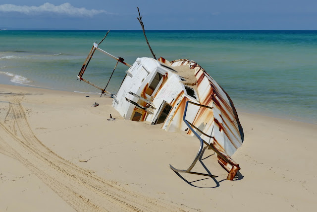 Schiff Jacht Wrack neu Moreton Island Strand Meer Schiffbruch gestrandet