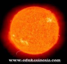 MATAHARI : Pengertian, Jarak dan Ukuran, Suhu dan Warna, Energi, Susunan Matahari, Beserta Penjelasan Mengenai Matahari Terlengkap