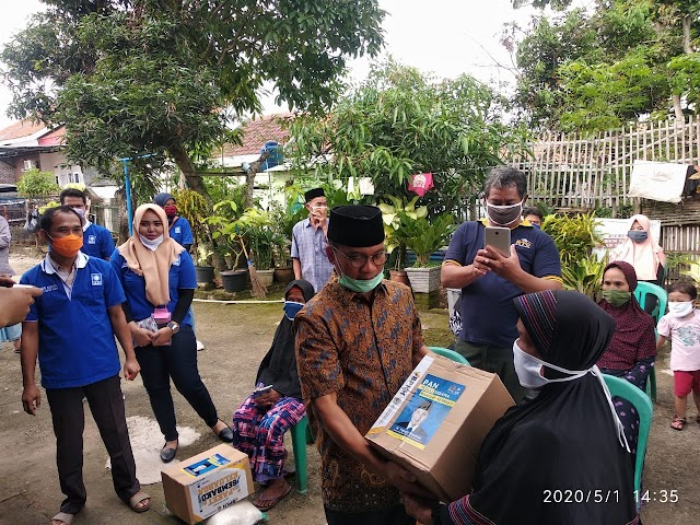 Yandri Susanto Menyapa, Bagi Sembako Untuk Rakyat