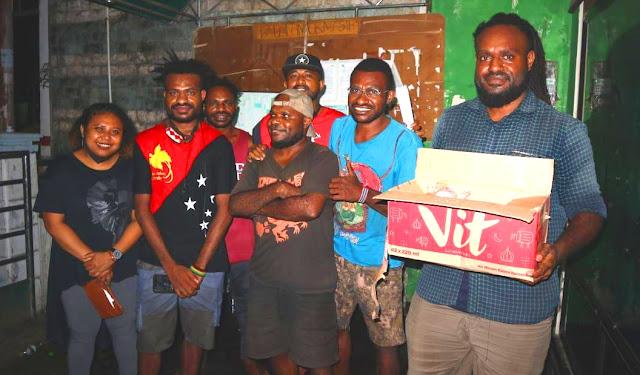 Mahasiswa Papua Bersatu Saling Bantu Lewat Dapur Papua 'Pandemi Pasti Usai'