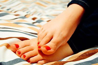 Uñas de rojo pasión.