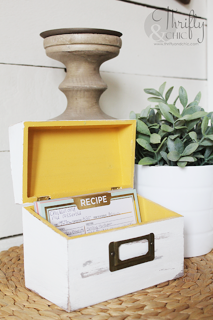 DIY Vintage or farmhouse style recipe box. DIY farmhouse kitchen decor. How to make something look vintage tutorial